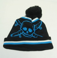 Fourstar Pirate Chain Pompom Beanie (black)